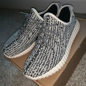 Adidas Yeezys turtle dove Used